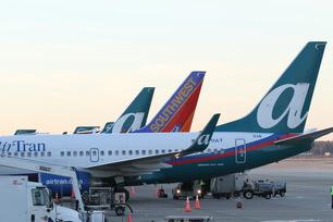 AirTran-Airways-737-3