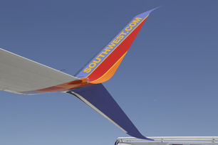 southwest-airlines-takes-delivery-of-its-first-737-800-with-spli-7