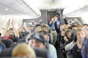 nintendo-southwest-airlines-bring-friends-families-and-fun-together-for-the-holidays