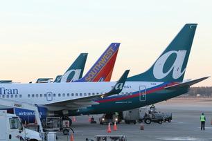 AirTran-Airways-737-4