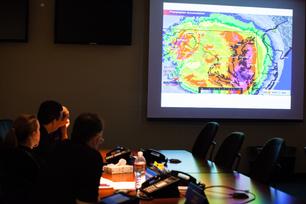 Southwest-Airlines-Leaders-Get-Updates-on-Superstorm-Sandy-3
