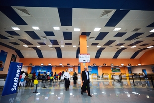southwest-welcomes-customers-at-the-jose-marti-international-a