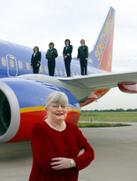 Colleen-Barrett-with-Southwest-Airlines-Female-Pilots