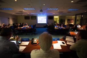 Southwest-Airlines-Leaders-Get-Updates-on-Superstorm-Sandy-5