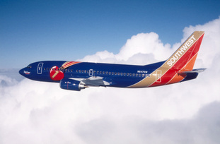 Southwest-Airlines-Specialty-Plane-Triple-Crown